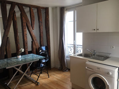 PARIS 17 - RUE DE SAUSSURE - GRAND STUDIO MEUBLE